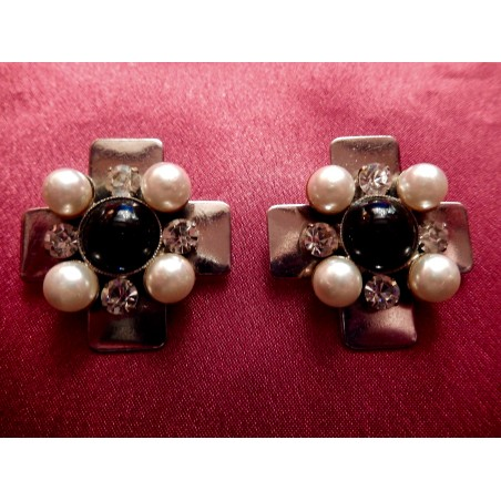 """Boucles d'oreilles Chanel """"Croix"""""""