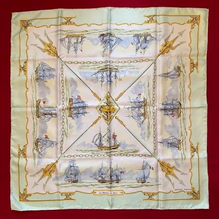 Carré foulard Hermès La marine en bois